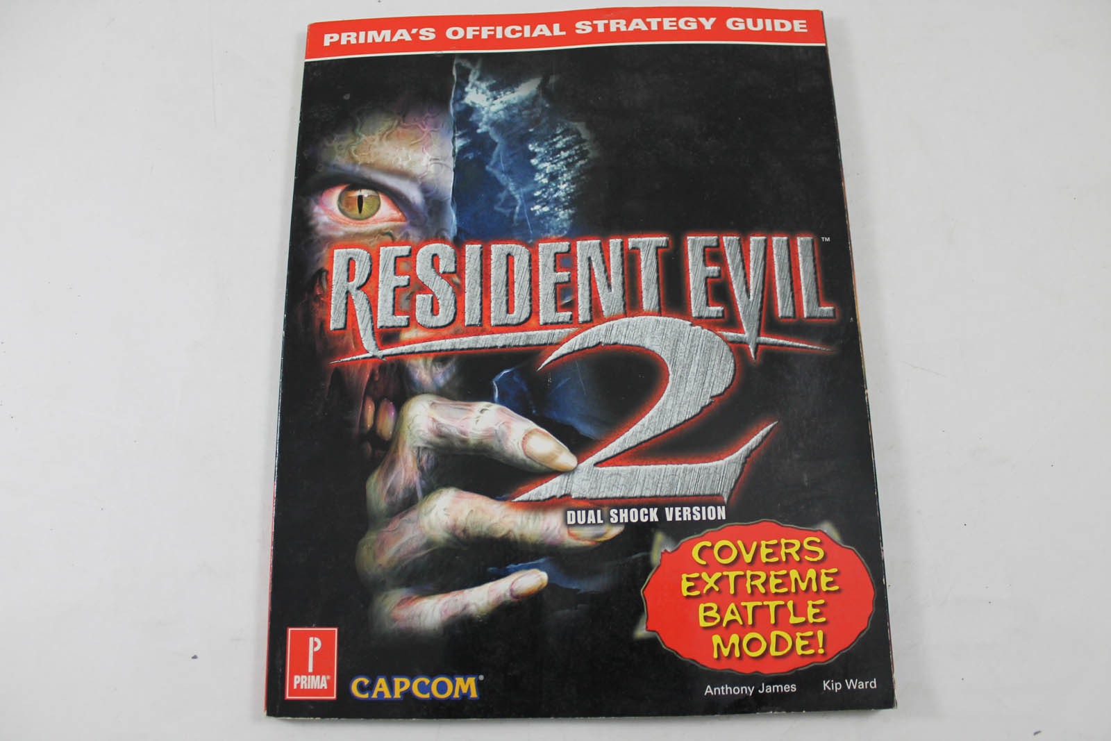 Resident Evil 2 Dualshock Version Official Strategy Guide