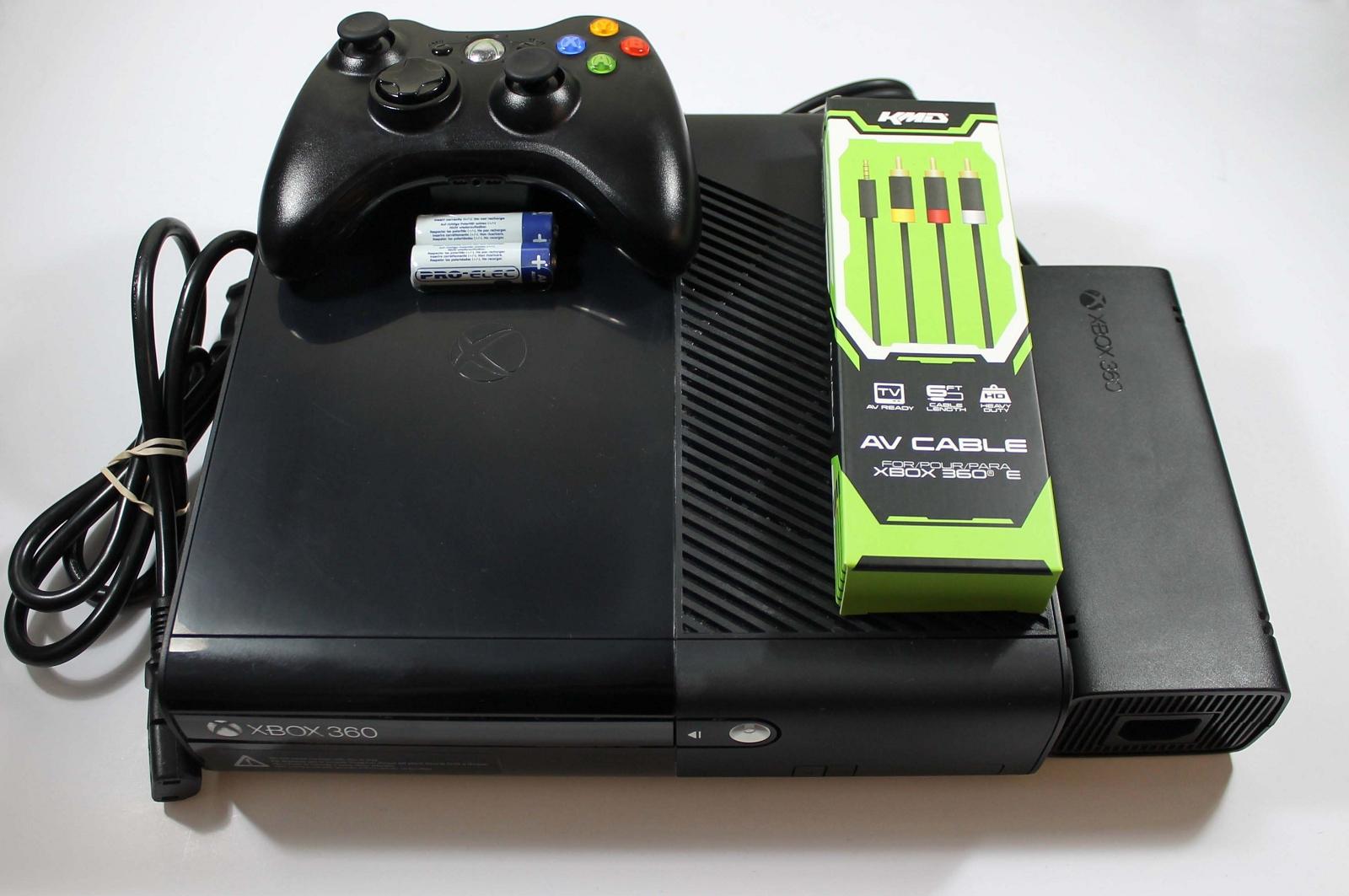 XBOX 360 System Console - E 250GB